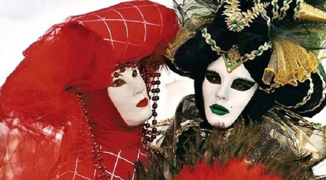 """Eintauchen in die Welt der Masken – der """"Carnevale di Venezia"""" hat eine Menge Überraschungen zu bieten"""