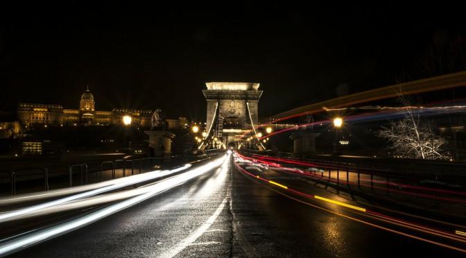 Die ungarische Hauptstadt ist bekannt für ihr aufregendes Nachtleben – ausgehen in Budapest