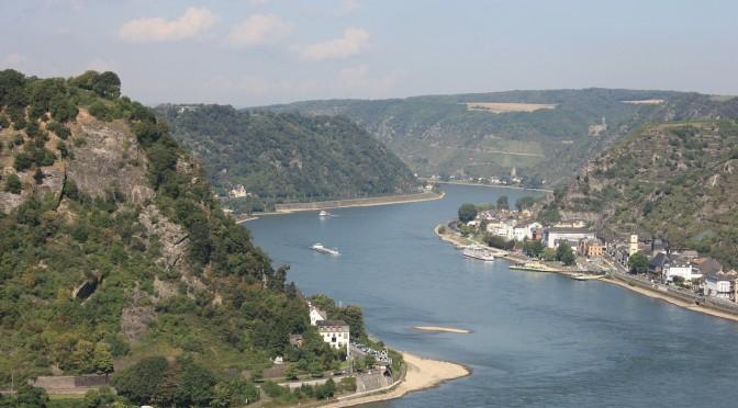 Rhein Flusskreuzfahrt – Historische Sehenswürdigkeiten und malerische Natur